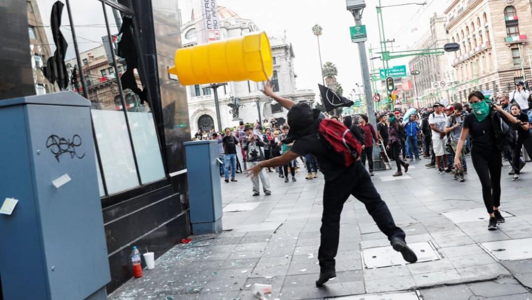 Videos y fotos marcha de los 5 años por el caso Ayotzinapa