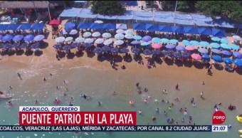 FOTO: Miles de vacacionistas disfrutan las playas de Acapulco, 14 septiembre 2019