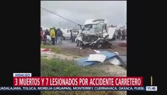 Mueren tres personas en accidente carretero en Hidalgo