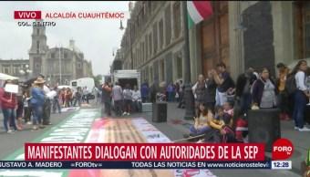 Normalistas de Chiapas protestan frente a la SEP