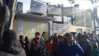 Padres de familia denuncian abuso sexual en kínder, bloquean Eje 3 CDMX (Noticieros Televisa)