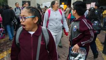 Vuelven a clases escuelas afectadas por flamazo en Iztacalco
