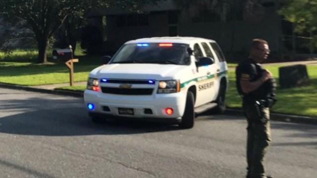 FOTO Reportan apuñalamiento múltiple en Tallahassee, Florida (Twitter Karl Eters)