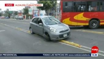 FOTO: Unidad del Metrobús choca contra vehículo particular en Av. Montevideo, 7 septiembre 2019
