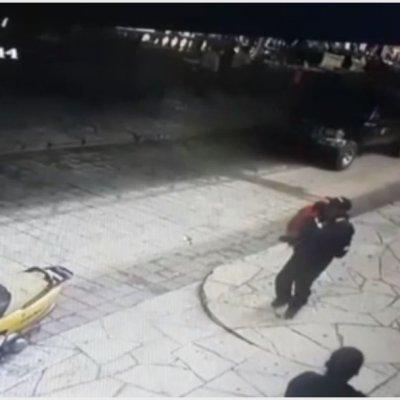 Video: Habitantes amarran y arrastran con camioneta a alcalde en Chiapas