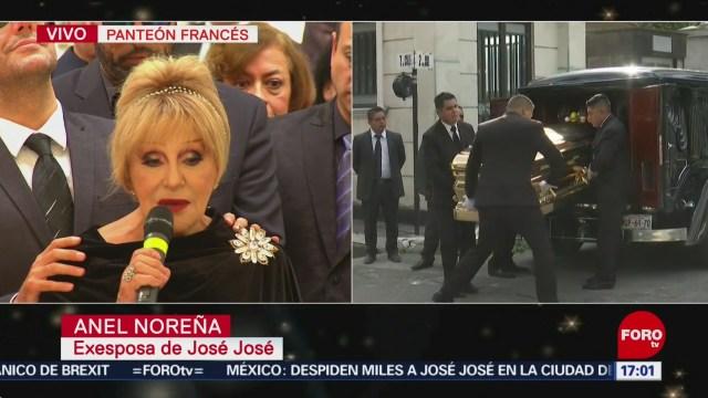 FOTO: Anel se despide José José
