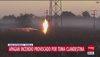Apagan incendio provocado por toma clandestina en Huejotzingo, Puebla