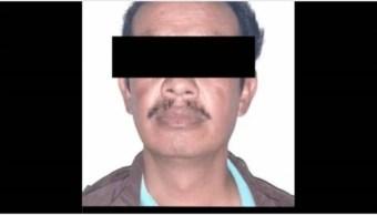 Imagen: Maestro es detenido por acusaciones en su contra, 19 de octubre de 2019 (FGR)