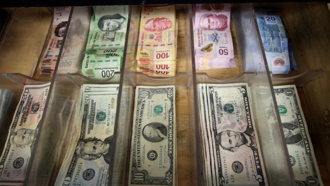 Fotos: Monedas de México y Estados Unidos, 15 de enero de 2018, México