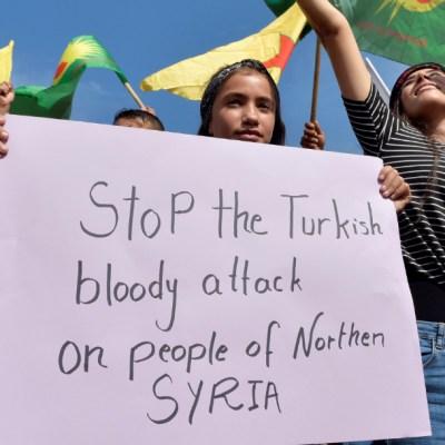 Bombardeos de Turquía en Siria destruyen infraestructura vital