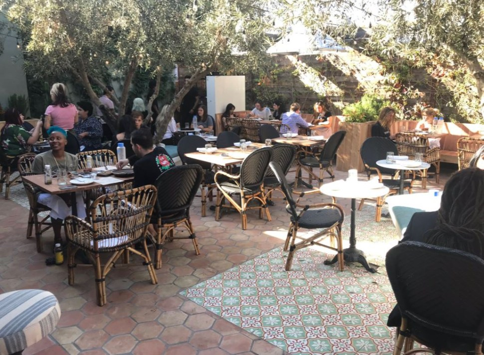 El primer café y restaurante a base de marihuana se ubica en el West Hollywood en Los Ángeles, California