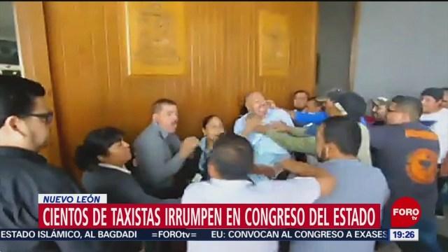 Foto: Taxistas Irrumpen Congreso Nuevo León 30 Octubre 2019