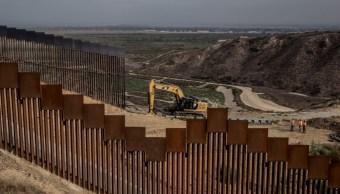 Construcción de muro en frontera de México y Estados Unidos.