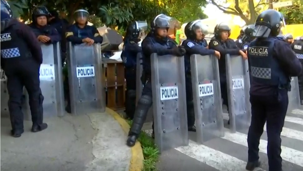 Foto: Enfrentamiento durante desalojo en Alfonso XIII deja heridos