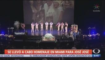 En Miami se realizó un homenaje de cuerpo presente a José José