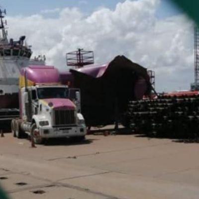 Explosión en terminal marítima de Dos Bocas deja un muerto