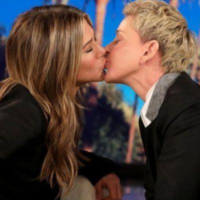 Video: Jennifer Aniston y Ellen DeGeneres se besan