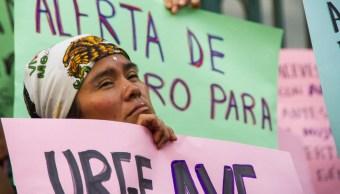 Mujeres protestan contra la violencia de género.