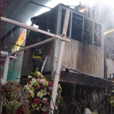 Bomberos sofocan incendio en Mercado de Jamaica de CDMX