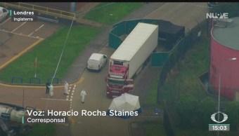 FOTO: Investigan hallazgo 39 cadáveres camión Londres,