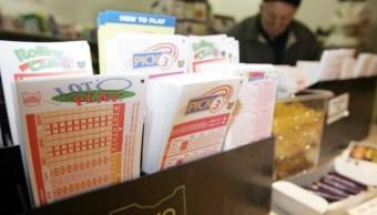 Foto Hombre con cáncer gana la lotería en su último día de quimioterapia 28 octubre