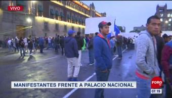 Manifestantes cierran circuito del Zócalo capitalino
