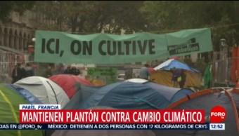 Mantienen plantón en París contra el cambio climático