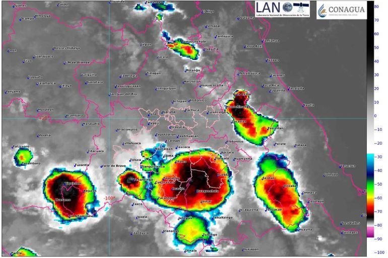 Foto: La imagen de satélite muestra cielo nublado en el centro del país, 12 octubre 2019