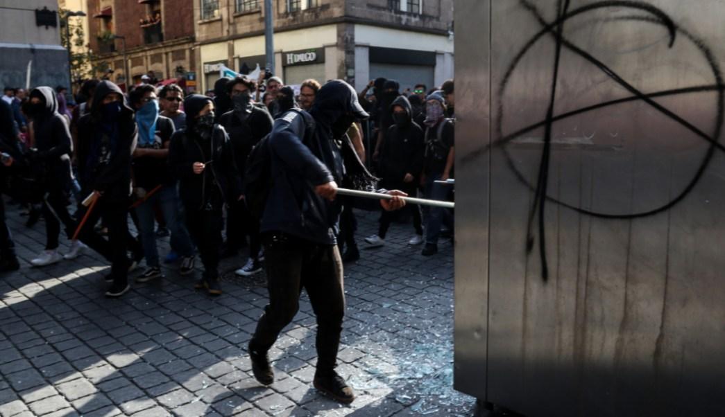 Foto: Vándalos se infiltraron en marcha del 2 de Octubre en la CDMX, 3 octubre 219