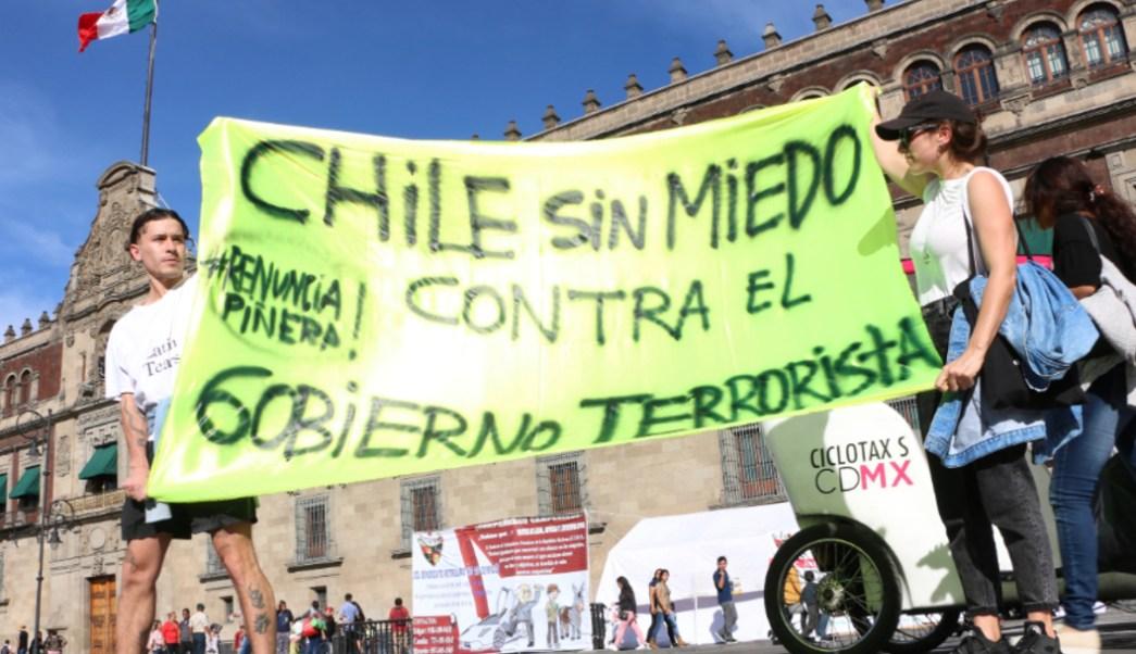 Imagen: Sindicato de Estudiantes MX realizarán una manifestación para protestar en contra de la represión en Chile, 22 de octubre de 2019 (Rogelio Morales /Cuartoscuro.com)