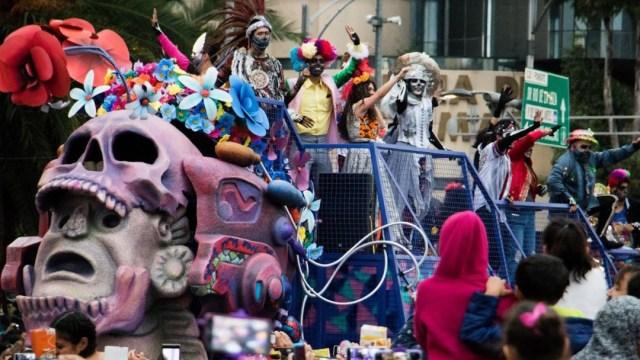 Imagen: Se espera la asistencia de miles de personas en el Megadesfile por el Día de Muertos 2019 en la Ciudad de México, el 31 de octubre de 2019. (Foto: Especial)