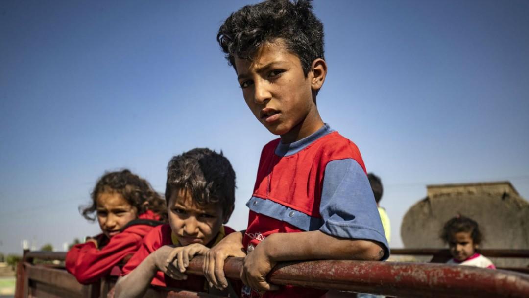 Foto: Ninos-desplazados-ofensiva-turca-siria, 15 de octubre