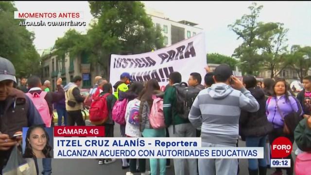 Padres de familia liberan circulación de Avenida Chapultepec