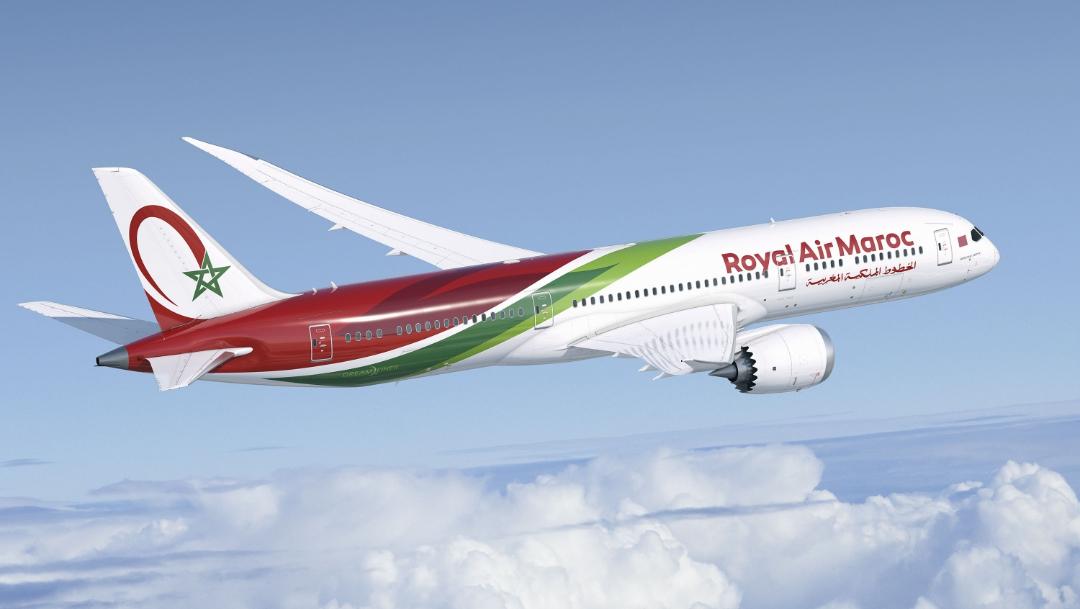 La pasajera comenzó a sentir las contracciones al poco de despegar, y tuvo que ser asistida por las azafatas, (http://www.aviacionnews.com/)