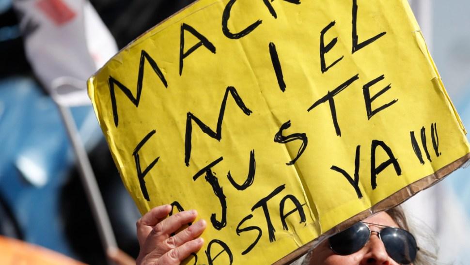 FOTO Protestas en Argentina contra los ajustes que solicitó el FMI y que fueron instrumentados por Mauricio Macri (AP)
