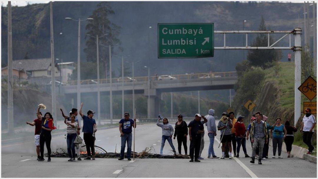Foto: La oleada de protestas en Ecuador, liderada por el movimiento indígena con el apoyo de otras organizaciones sociales comenzó el pasado 3 de octubre, 12 d octubre de 2019 (EFE)