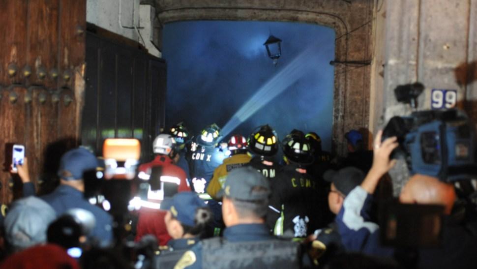 Foto: Durante las siguientes horas se realizarán los peritajes para determinar qué originó el incendio y evaluar los daños en el edificio, 21 de octubre de 2019 (Luis Carbayo /Cuartoscuro.com)