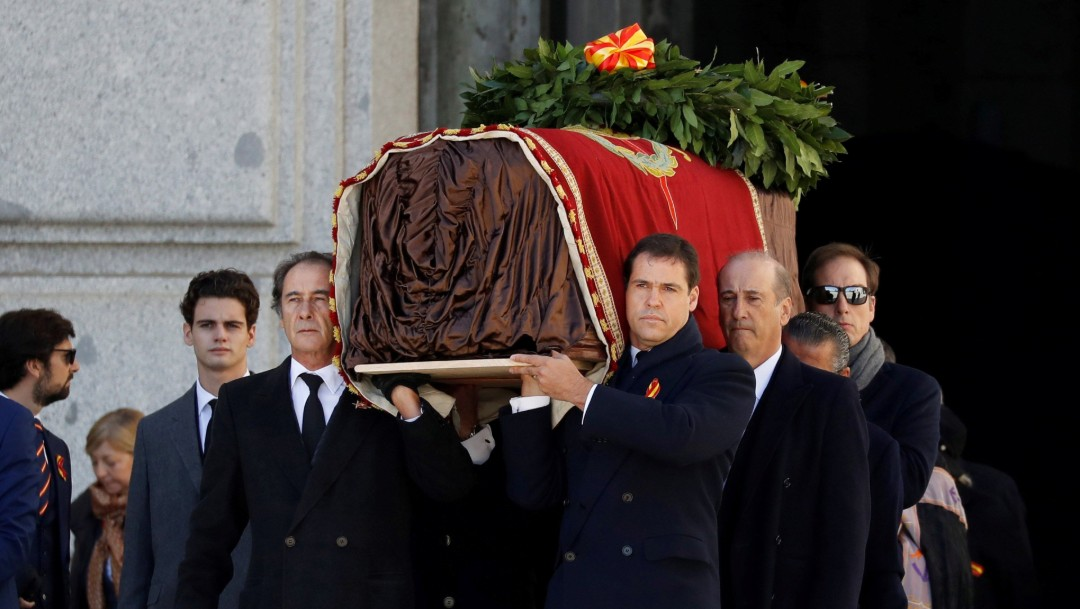 Foto: Restos de Franco reposan en cementerio madrileño El Pardo