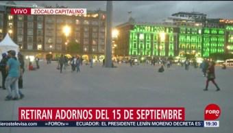 Foto: Retiran Adornos Patrios Zócalo Cdmx 3 Octubre 2019