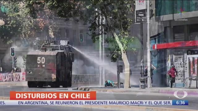Siguen las protestas en Chile a pesar de cambios en Gabinete