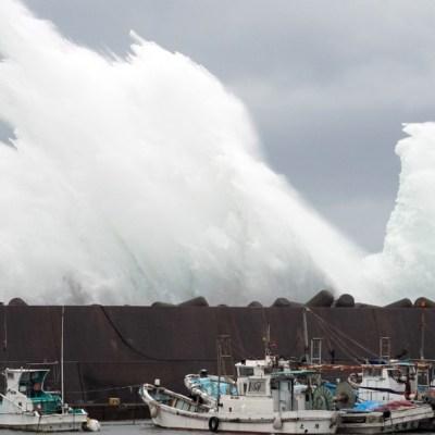 'Hagibis', super tifón que amenaza Japón con poderosos vientos