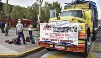 Foto: La mesa de diálogo estuvo encabezada por el subsecretario de Gobierno, Ricardo Peralta Saucedo, y por representantes de las secretarías de Comunicaciones y Transportes y de la Función Pública