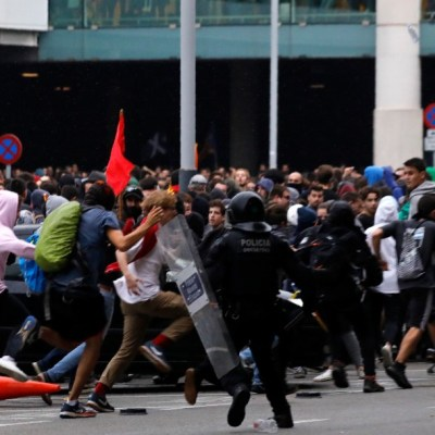 Sentencia contra independentistas catalanes desata protestas en España