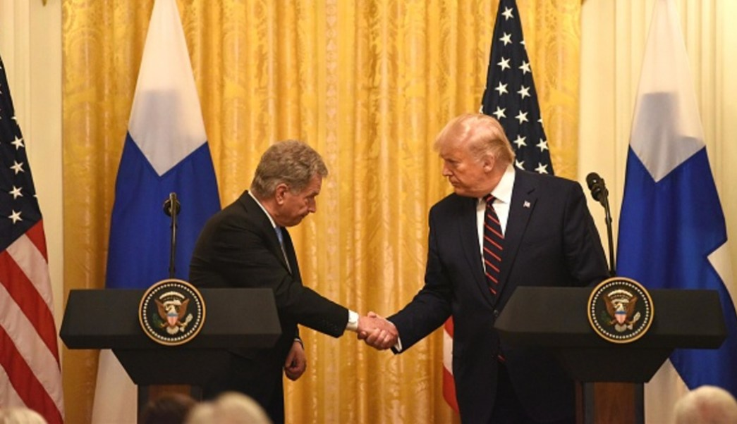 El presidente de Estados Unidos, Donald Trump, y su homólogo de Finlandia, Sauli Niinistö.