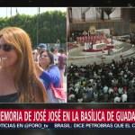 FOTO: Turistas Extranjeros También Participan Misa José José Basílica De Guadalupe,