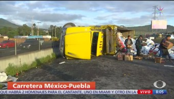Volcadura de tráiler en la México-Puebla