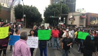 Foto Los manifestantes bloquean ambas vialidades, 16 de octubre de 2019, (S. Servín)