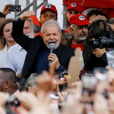 Lula promete seguir su lucha por el pueblo brasileño, tras salir de la cárcel