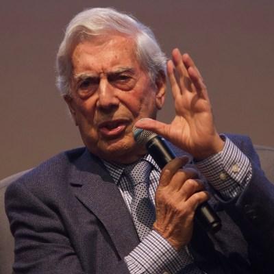 Populismo de AMLO puede llevar a México a la 'dictadura perfecta': Vargas Llosa