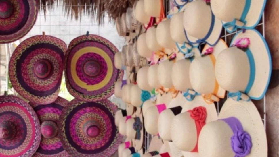 FOTO Campeche, al rescate de tejer sombreros con jipi en cuevas